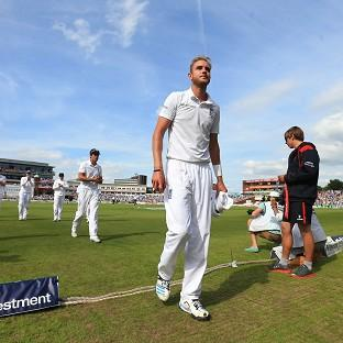Stuart Broad finished with six for 25 as India were dismissed for 152