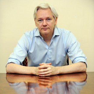 Ecuador bids to end Assange impasse