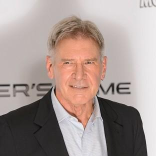 Filming has started again on Star Wars: Episode VII after Harrison Ford's injury called a halt to it