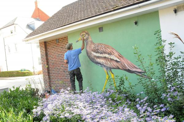 Mural to mark return of birds