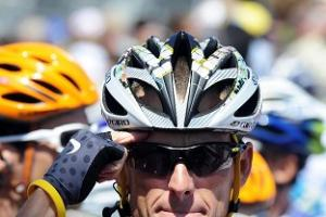 Armstrong blasts UCI boss Cookson