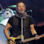 Salisbury Journal: Bruce Springsteen breaks his record for longest US show