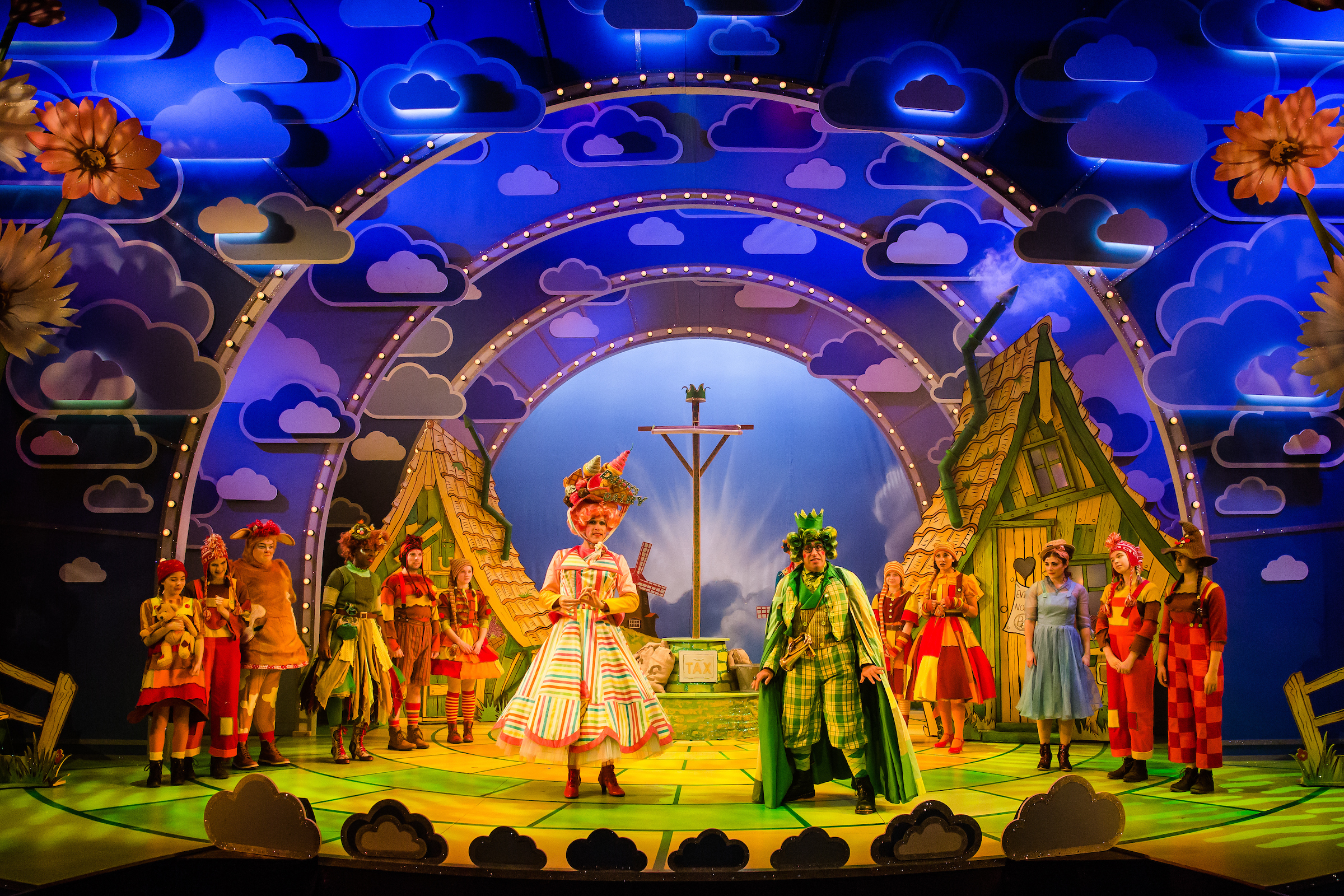 The 2017/18 panto production of Jack and The Beanstalk at Salisbury Playhouse. Picture by: The Other Richard