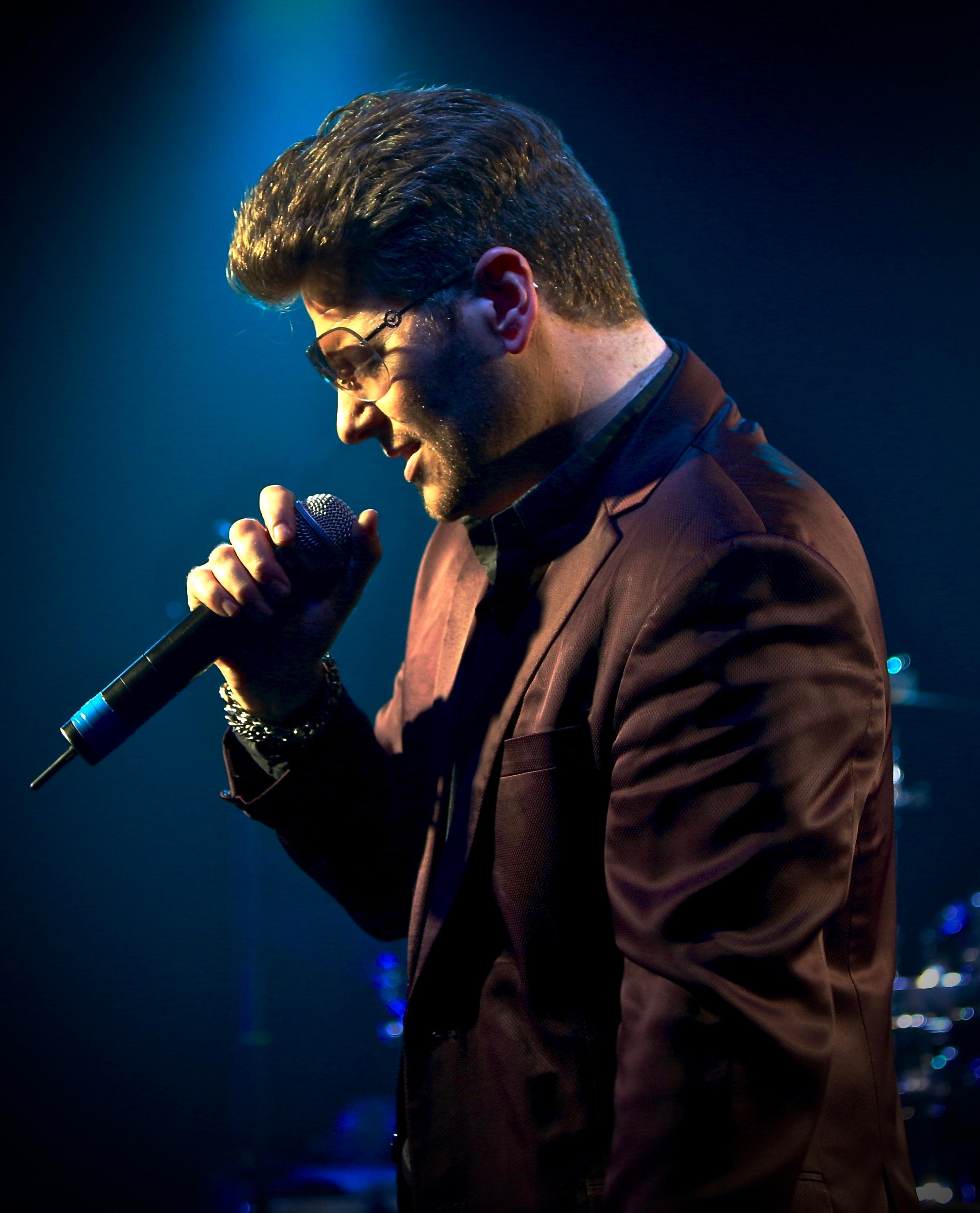 Wayne Dilks brings the works of George Michael to the City Hall on Friday