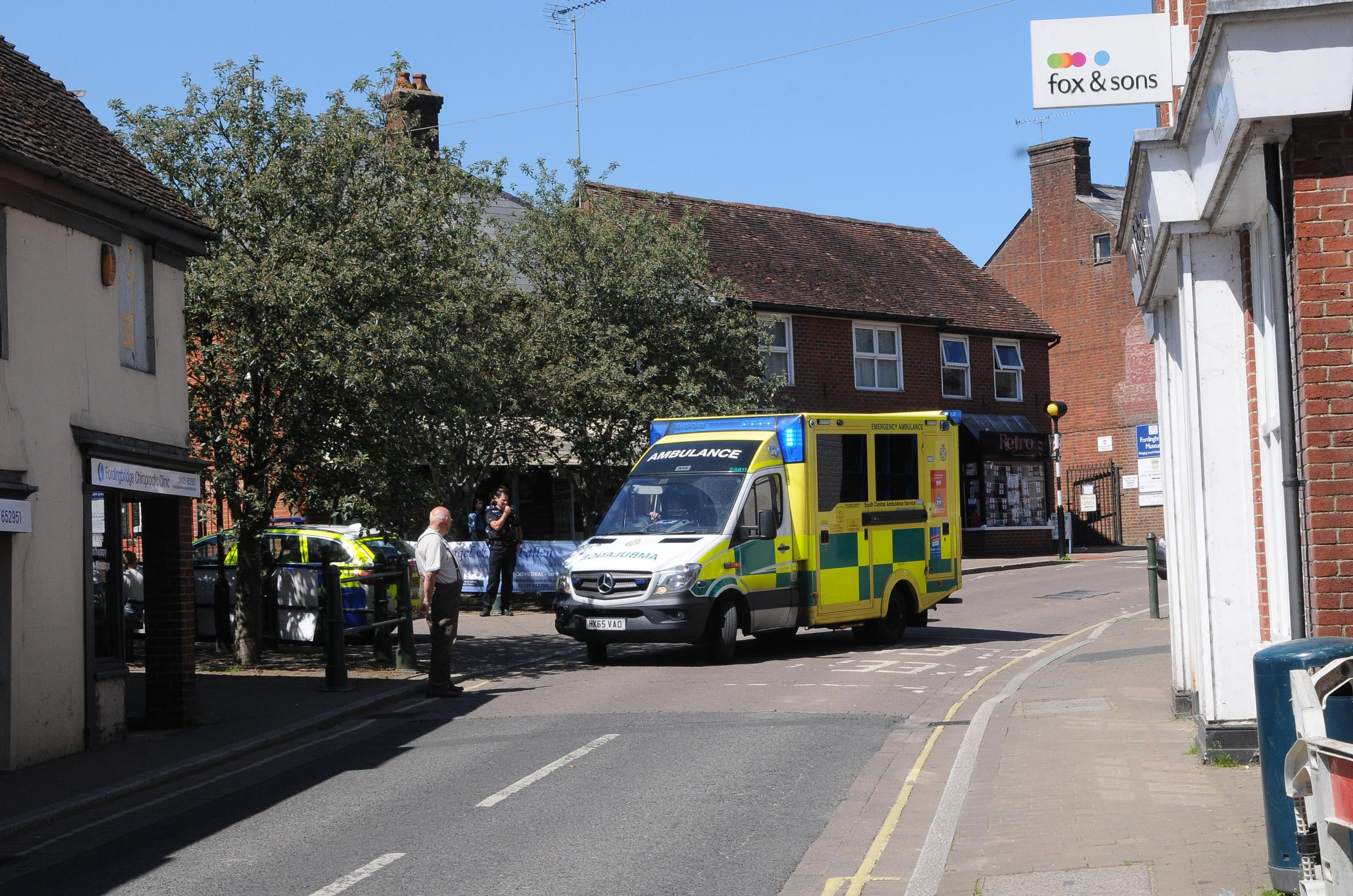 Accident on Salisbury Street, Fordingbridge       DC8695P2 Picture by Tom Gregory