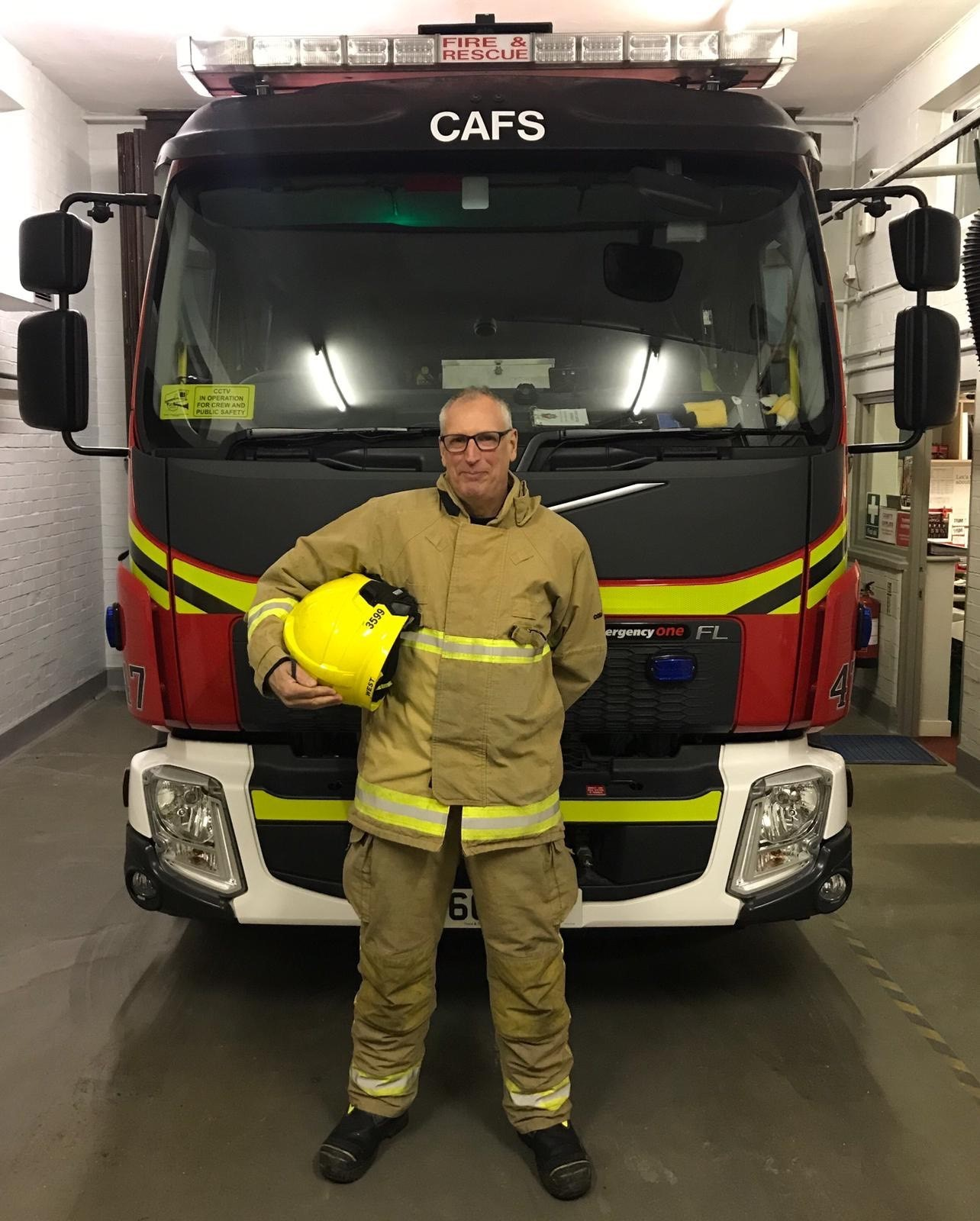 On-call firefighter Mark West has retired after 37 years of service at Fordingbridge Fire Station