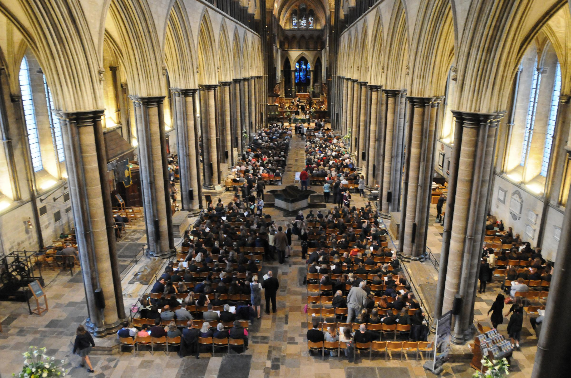 South Wilts School speech day at Salisbury Cathedral DC8778P16 Picture by Tom Gregory.