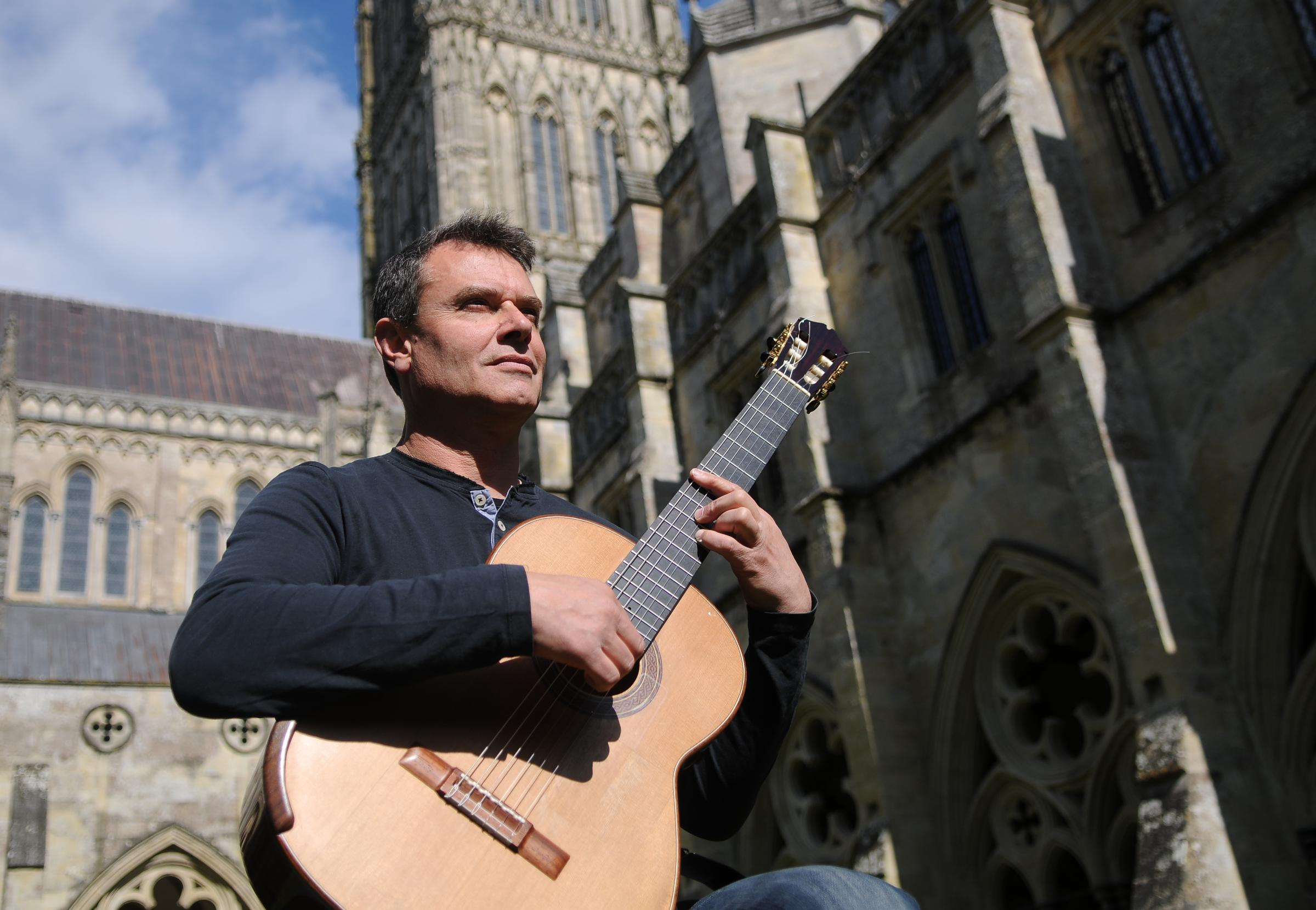 Classical guitarist Craig Ogden at Salisbury Cathedral DC9050P6 Picture by Tom Gregory