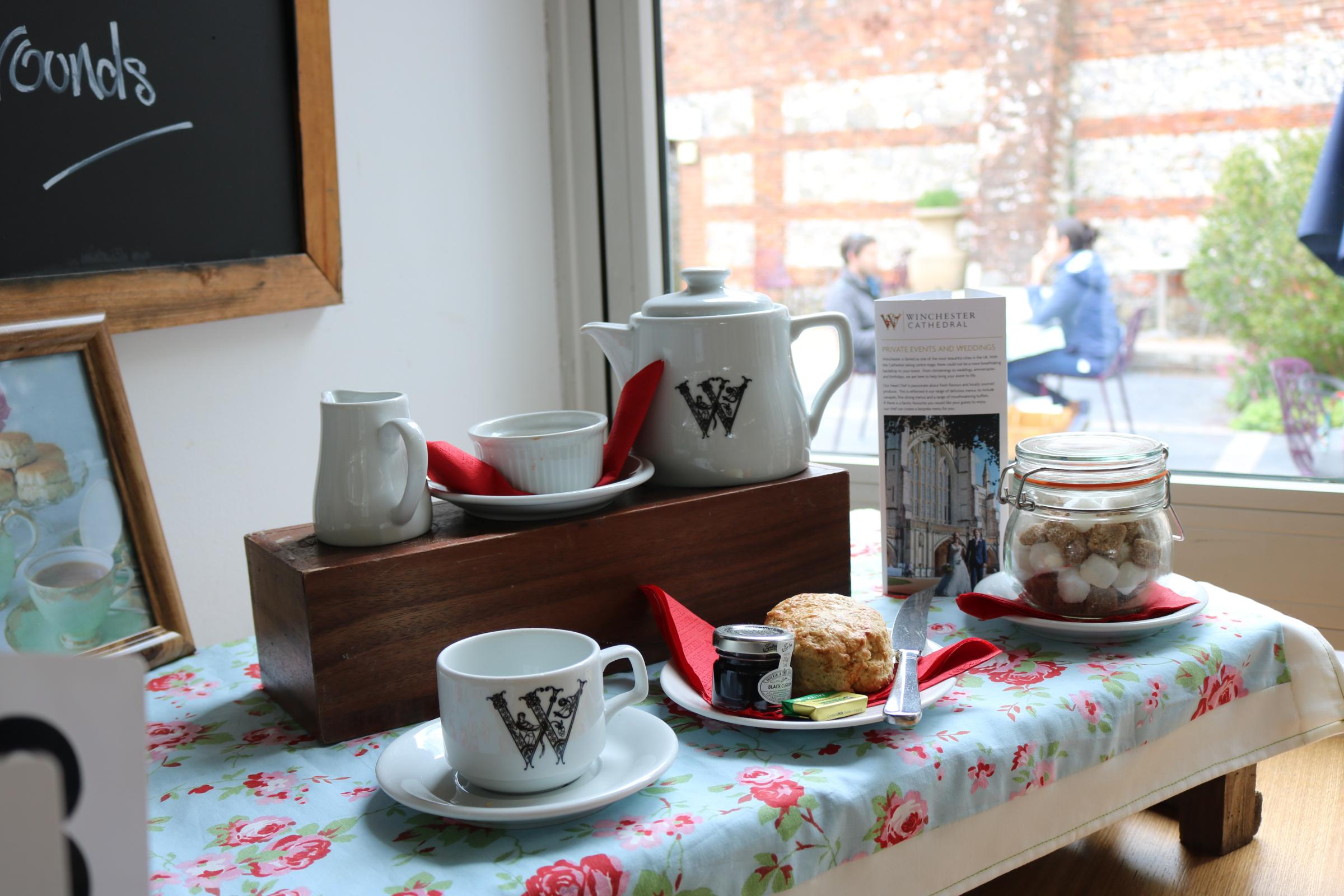 Winchester Cathedral: Tea at Three